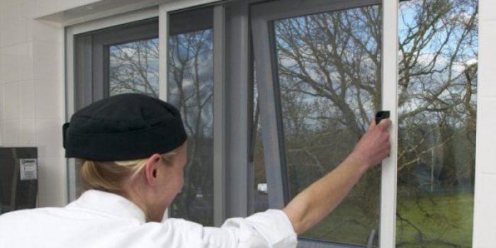 sliding fly screen installers